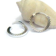 Zilveren creolen gediamanteerd 14 mm