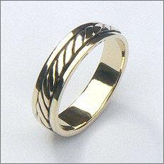 Handgemaakte gouden fantasie ring