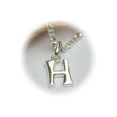 Zilveren hanger letter H