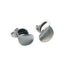 Zilveren oorknopjes design