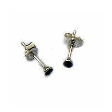 Zilveren oorknopjes zwarte zirkonia