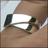 Strakke zilveren ring