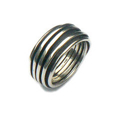 Handgemaakte zilveren ring Abrazo van edelsmid Flamenco