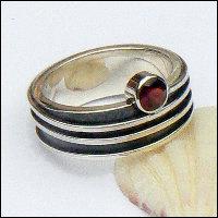 Handgemaakte zilveren ring La caricia van edelsmid Flamenco
