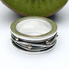 Handgemaakte ring zilver met goud Lluvia de oro van flamencosieraden.nl