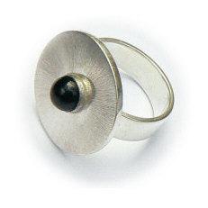 Handgemaakte zilveren ring El sombrero met onyx
