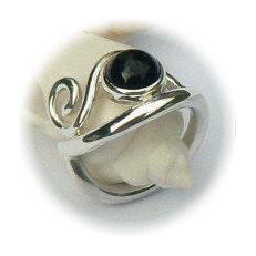 Handgemaakte zilveren ring La bonanza van flamencosieraden.nl
