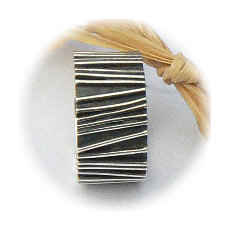 Handgemaakte zilveren ring Chico uit eigen atelier