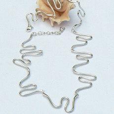 Handgemaakt zilveren collier La fuente van flamencosieraden.nl