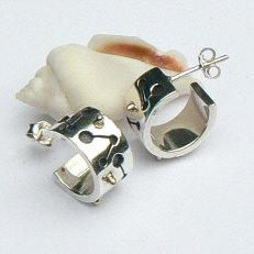 Handgemaakte zilveren oorstekers met gouden bolletjes Bolero