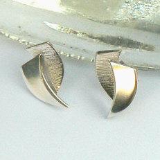 Handgemaakte zilveren oorstekers La fuerza van flamencosieraden.nl