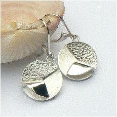 Handgemaakte zilveren oorhangers Esperanza van goudsmidsatelier Flamenco