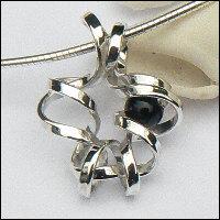 Handgemaakte zilveren design hanger van edelsmid Flamenco