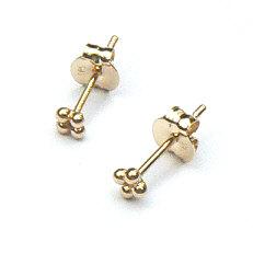 Gouden oorstekers kleine bolletjes