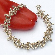 Handgemaakte zilveren armband La mas bella van flamencosieraden.nl
