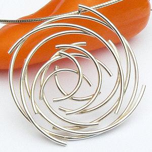 Handgemaakte zilveren design hanger Torbellino uit eigen atelier