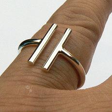 Massieve zilveren ring met staafjes