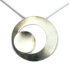 Handgemaakte zilveren cirkelhanger van Flamenco