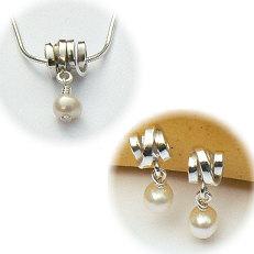 Handgemaakte zilveren hanger met oorstekers Perla bonita van flamencosieraden.nl