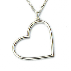 Massief zilveren hanger met hart aan hangoog by Flamenco