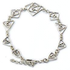 Fijn draagbare zilveren armband met de hand gemaakt in goudsmidsatelier Flamenco