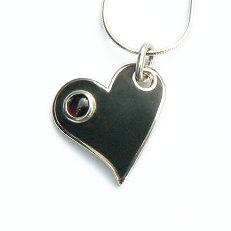 Handgemaakt zilveren hart Fuerza del corazon van flamencosieraden.nl