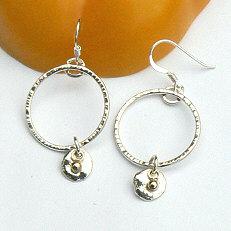 Handgemaakte oorhangers zilver met goud Poco de oro
