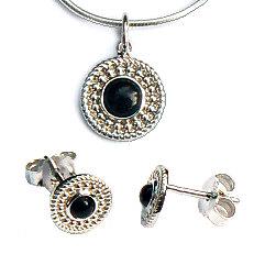 Ronde zilveren hanger onyx met oorstekers met onyx