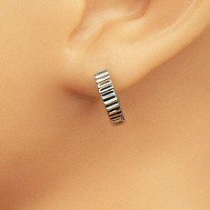 Zilveren mini klap-creolen met ribbeleffect
